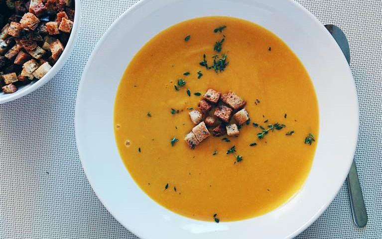 Zupy w menu restauracji klubu golfowego Lisia Polana