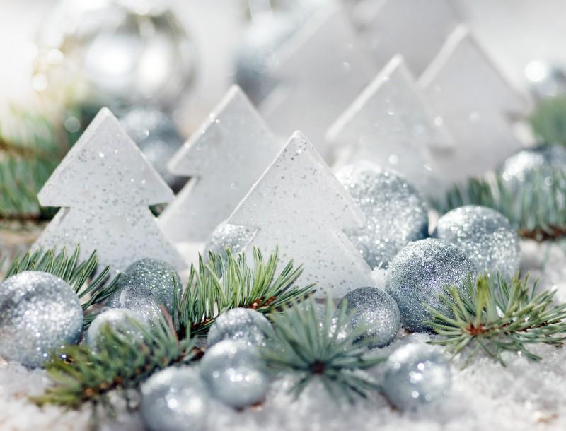 christmas-tree-balls-beads-silver-christmas-toys-new-year-new-year-christmas-christmas